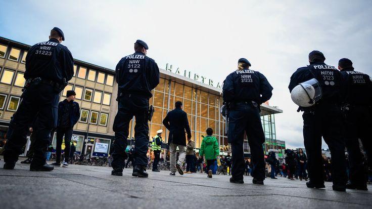 Wo liegen die Grenzen des investigativen Journalismus? Eine Kölner Polizistin hat für RTL heimlich ihre Kollegen gefilmt. Das kostet sie wahrscheinlich ihren Job.