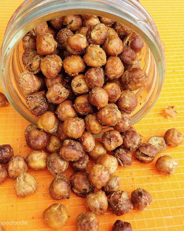 Mediterranean Oven-Roasted Chickpeas: Mediterranean Oven-Roasted Chickpeas are the easiest snack to make at home that you can customize with any spices and enjoy for a healthy treat!