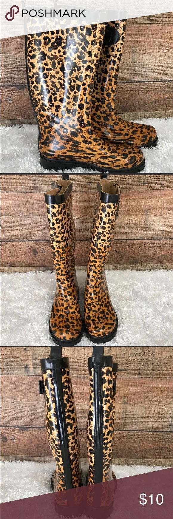 Capellini 6M Leopard Print Rubber Rain Boots Gently used with no flaws Capelli of New York Shoes Winter & Rain Boots