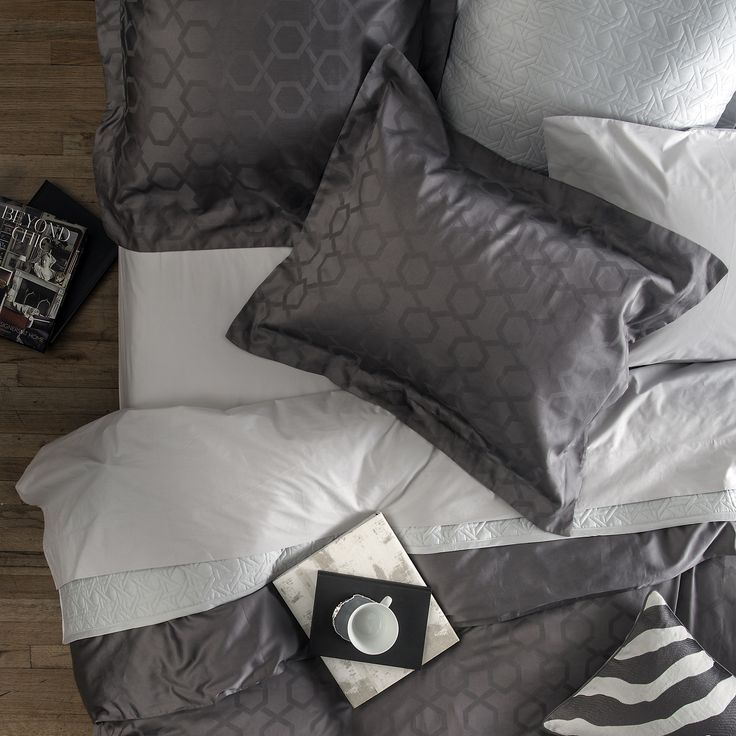 Gracious Home Luxury Bedding Excalibur Duvet & Sham