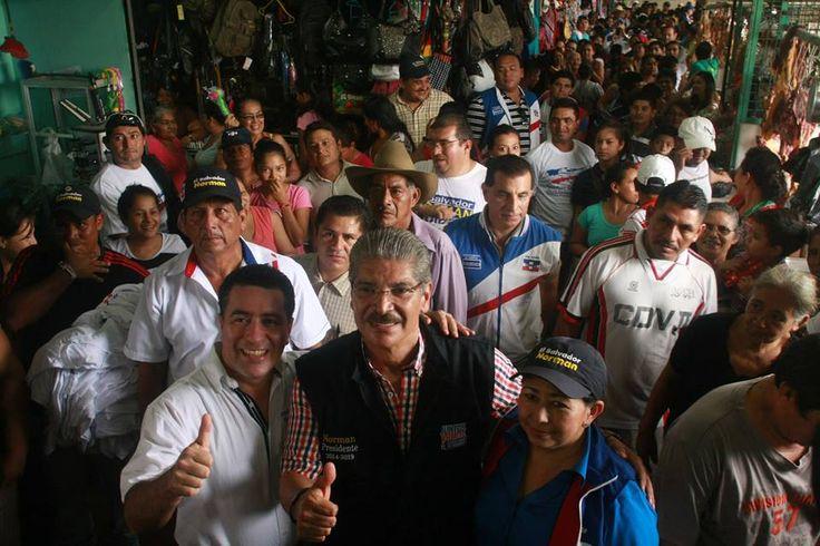 Norman Quijano futuro presidente de El Salvador en su visita a Ciudad Arce.