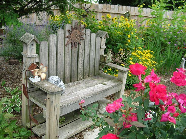 Garden Bench                                                       …