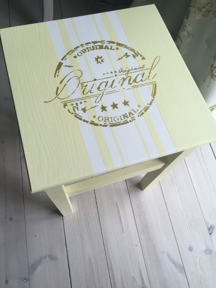Painted with Nordic Chic eco friendly chalkpaint in color silky yellow and whipped cream. Stencil in color Olive