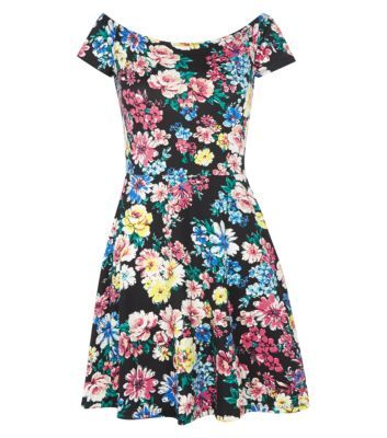 Moving away from the summer's ditsy prints, the new season is all about a bolder approach #dresses #newlookfashion