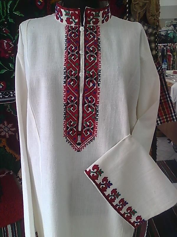 Clothes and Embroidery. Women embroidered shirt ✳3
