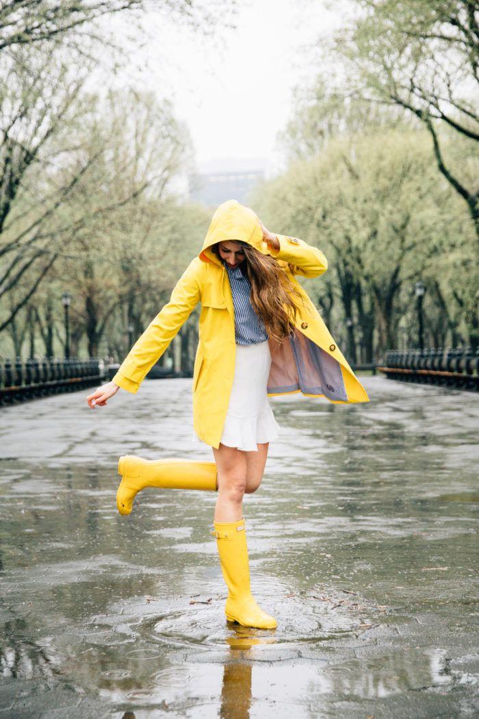 images cire bottes sous la pluie