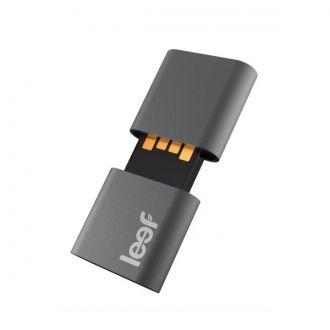 LEEF FLASH USB 2.0 FUSE 64 GB BLACK Leef Fuse to pendrive wyjątkowo innowacyjny, jak na coś tak małego. Zatyczka została wykonana z magnetycznego stopu, który nie szkodzi w żaden sposób pamięci flash. Jest to pierwszy pendrive na świecie z właściwościami magnetycznimi