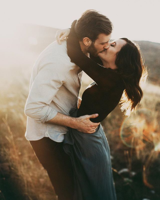 National Kiss And Makeup Day: Best 25+ National Kissing Day Ideas On Pinterest