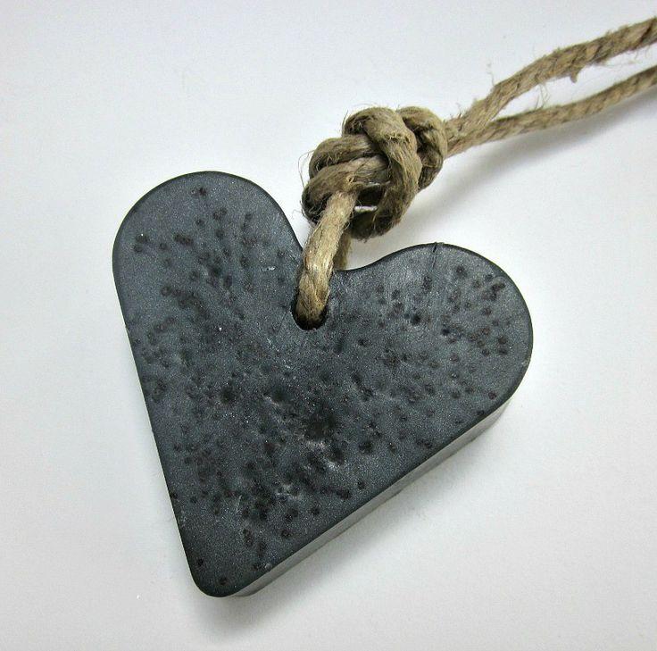hart scrub - zeep aan touw - black - soap