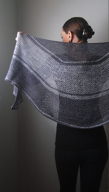 Ravelry: Hamartia pattern by Lisa Mutch