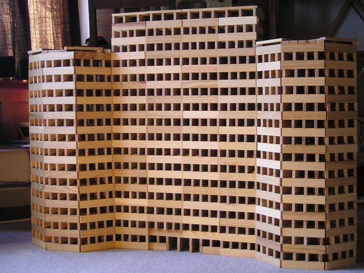 Kapla. Building made of Kapla blocks. Durf jij de uitdaging aan?
