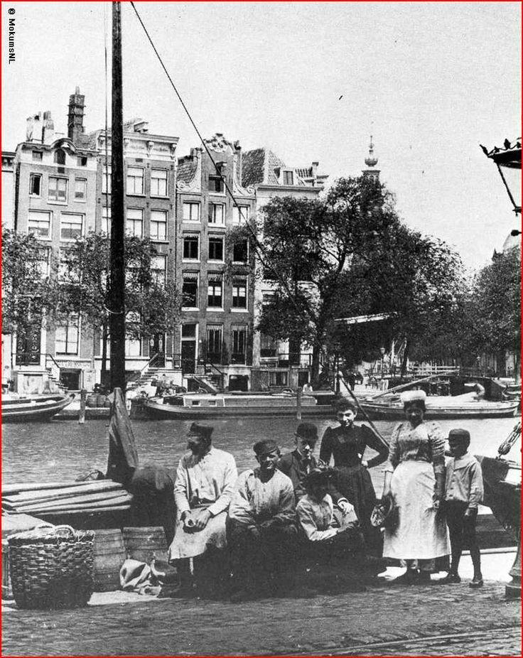 Honderd jaar geleden! De Westerstraat markt (dat is dus iets anders dan de Westermarkt!)
