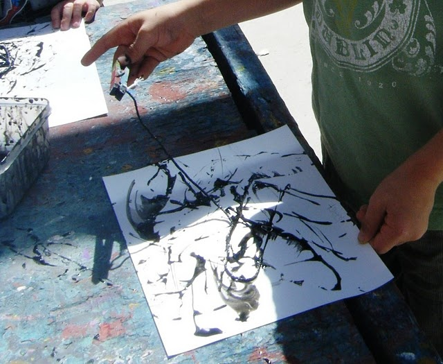 String #Painting. Use black paint on white paper for spider webs, or white paint on black paper.