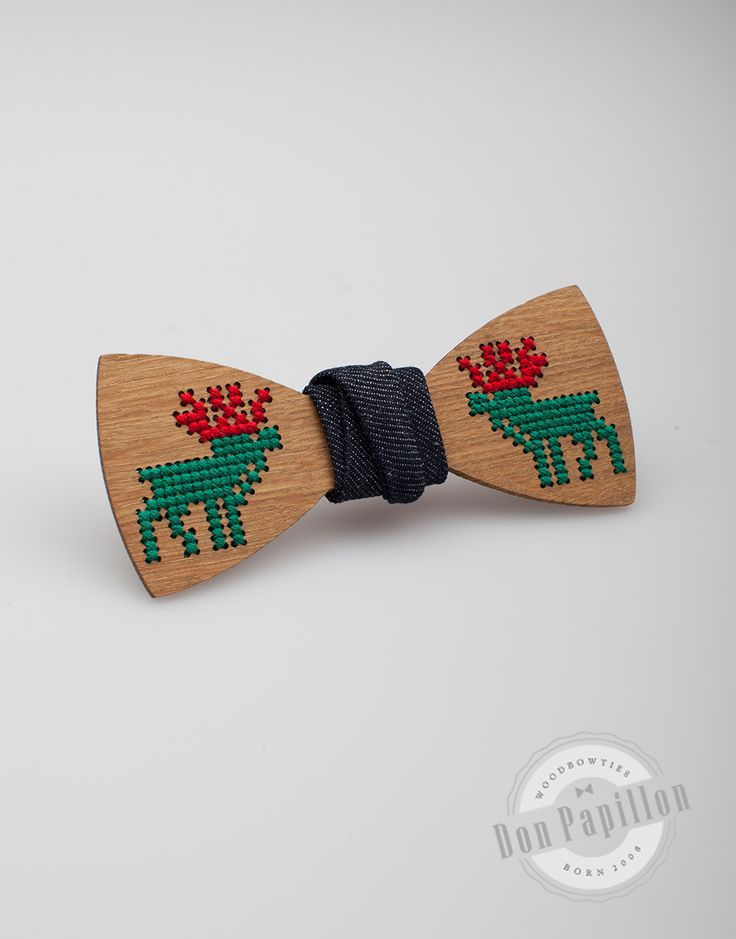 Don Papillon Chistimas wood bow tie made with a special reindeer pattern. Funny, festive, unique!