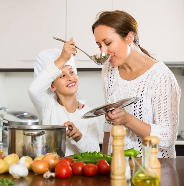 How To Become A Master Chef: Cooking for Beginners by Homemade Recipes at http://homemaderecipes.com/cooking-101/how-to-be-a-master-chef-in-10-days-soups