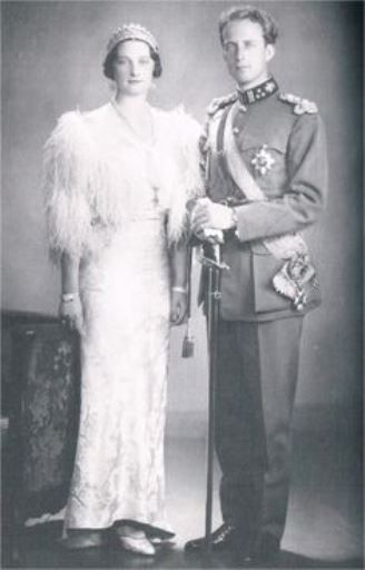 Noblesse et Royautés:  Princess Astrid of Sweden and her fiancé Crown Prince Leopold of Belgium