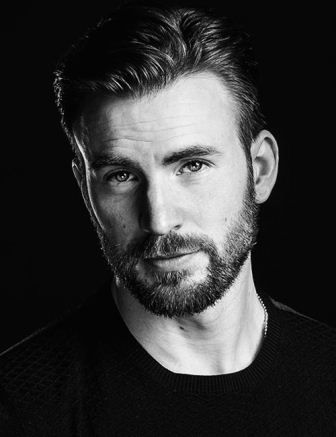 Professional Stubble - Requires a grown beard and attention to trimming. It makes your jawline look sharper. Go with a shorter haircut for a more refined look. #TheZodiacMan #MenBeard #BeardStory