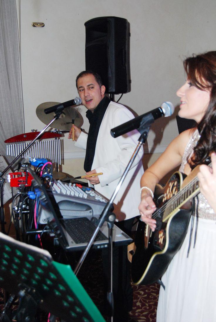Formatii nunta pentru evenimentul dvs, pentru toate genurile, varstele si buzunarele.  Solistii profesionisti Ana Flavian au peste 1000 de melodii in repertoriu.  www.formatia-anaflavian.ro