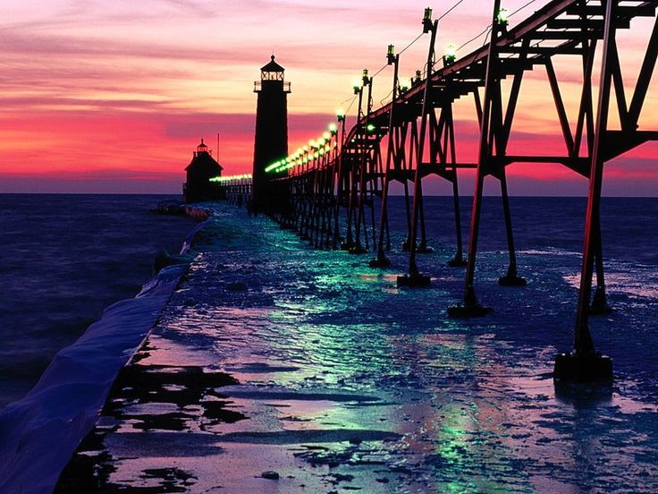 Grand haven inner and south pierhead lighthouse michigan