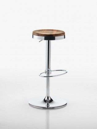 Designer – Foschia Picco Fixed or swivel, Juno is available in several sizes and colours, also in the adjustable height version. With pressure-cast base in aluminium alloy and footrests in chromed metal, it always rises to the occasion.