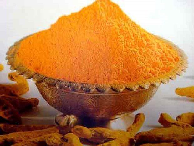 Zerdeçal    Asya mutfağının vazgeçilmez baharatıdır. Sarı renk veren doğal bir boyayıcıdır. Şifa özellikleri baharat olarak kullanılmasının önüne geçmiştir.    Vücudumuz için zehirlerden arınma etkisi vardır.    Kuvvetli bir antibiyotiktir.    Sindirim sistemimizi güçlendirici etkisi vardır.    Bağırsak florasını düzenler.    Uzak Doğuda ateş düşürücü olarak kullanılmaktadır.    Karpal tünel sendromunda yardımcı tedavide kullanılır.    Eklem iltihaplarında etkili olduğu gözlemlenmiştir.
