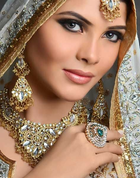 New Pakistani and Indian Wedding Bridal Makeover tips and tricks 2012, 2013