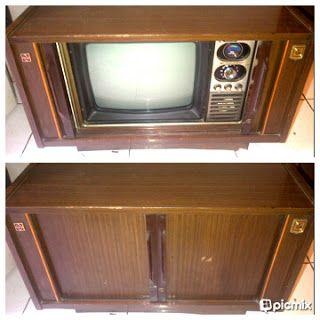 Tv lemari jadul 14Inch, merk National,masih berfungsi baik buka tutupnya. Belum pernah dicoba.