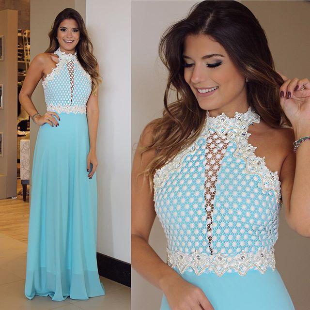 {Party by @lerizzoficial} Vestido turquesa com renda bordada de perolas!