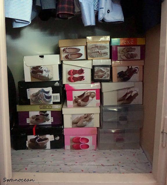 Organizing shoes-Οργανώνοντας τα παπούτσια