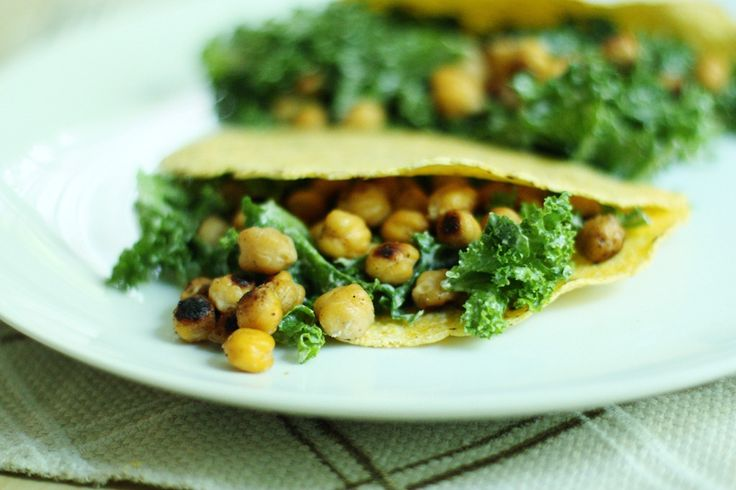 Tortillas with Creamy Kale and Roasted Chickpeas from Choosing Raw