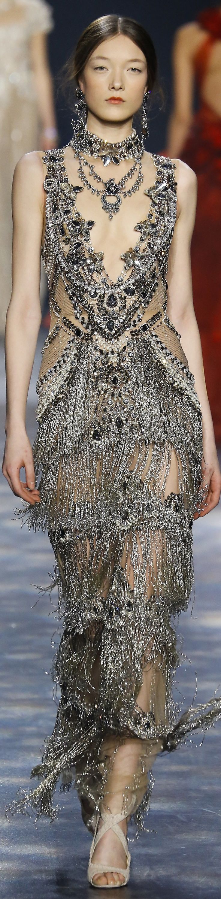Marchesa fall 2016 RTW. Check out more fashion and style inspirations to build your gorgeous style on evanescentescape.com