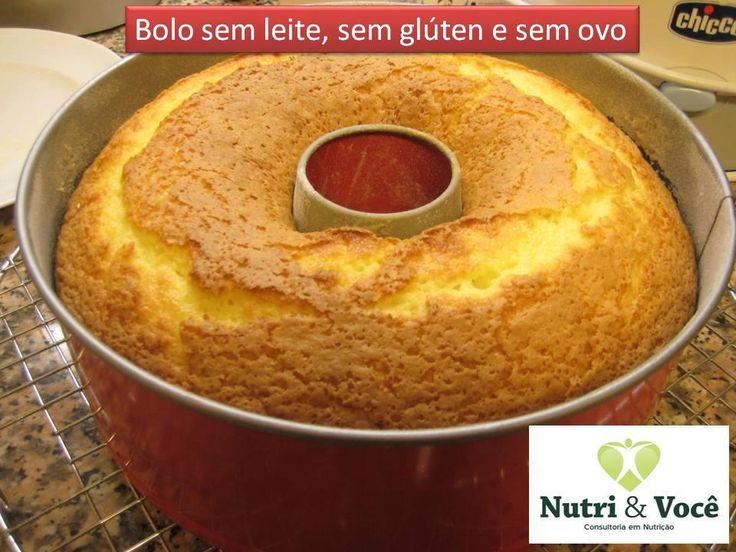 Bolo sem leite, sem glúten e sem ovo:  200 ml de suco de laranja;  1/2 copo (200 ml) de óleo;  1 copo cheio (200 ml) de açúcar;  1 pitada de sal;  2 copos e 1/2 (200 ml) de farinha de arroz;  1 colher de sopa bem cheia de fermento em pó;  1 colher de café de farinha de linhaça (ela substitui o ovo).  Bata todos os ingredientes no liquidificador; Coloque em uma forma untada com óleo;  Leve ao forno médio cerca de 40 minutos, ou até dourar. Tempo de preparo: 50 minutos  Rendimento: 8 porções