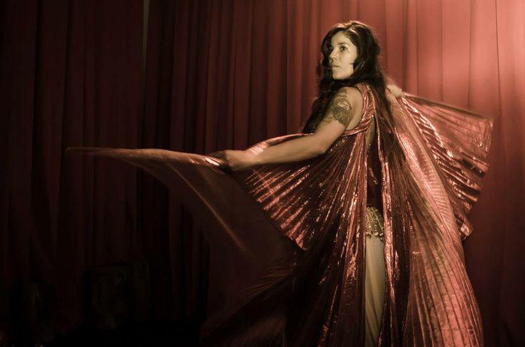 Show central a cargo de la  escuela de danza Arabe Mahaila