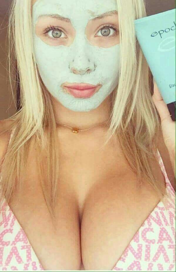 This is my business partners customer, she is so in love with the products that she post this photo on her FB... and she had really massive feedback especially from men. I don't know why, because of her big eyes?     #SimplyTheBest  #MarineMudMask