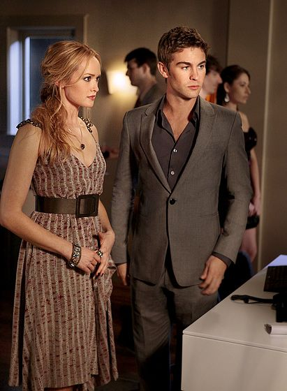 Kaylee DeFer and Chace Crawford portray the characters of Charlie Rhodes/Ivy Dickens and Nate Archibald.........