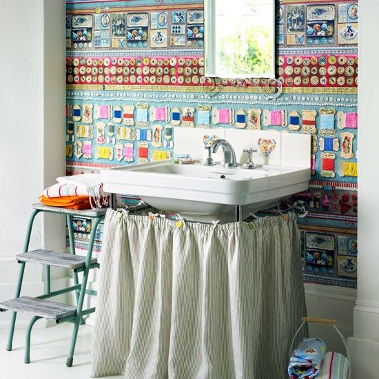 Homespun-style bathroom