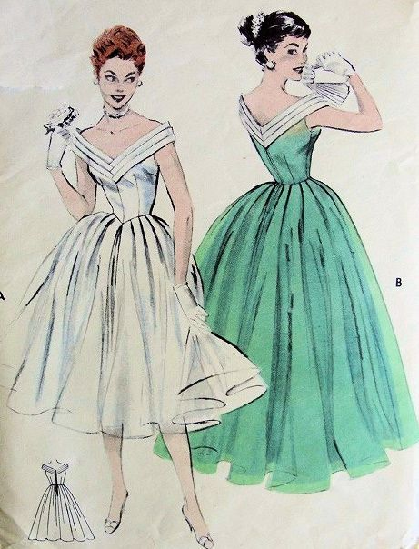 Lovely Evening Formal Gown Pattern Butterick 7182 Figure Flattering V Neckline Full Dancing Skirt Classic Fifties Gala Party Dress Bust 32 Vintage