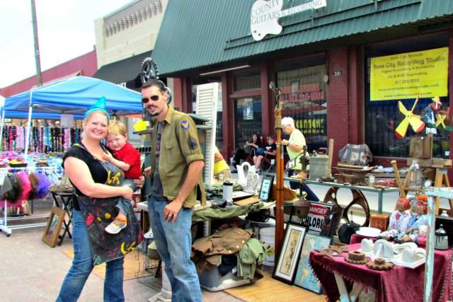 Browse antiques, collectibles, vintage clothing, and some yard sale fare each April and September at Antique Alley Texas.