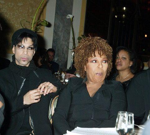 O(+> ...with Roberta Flack