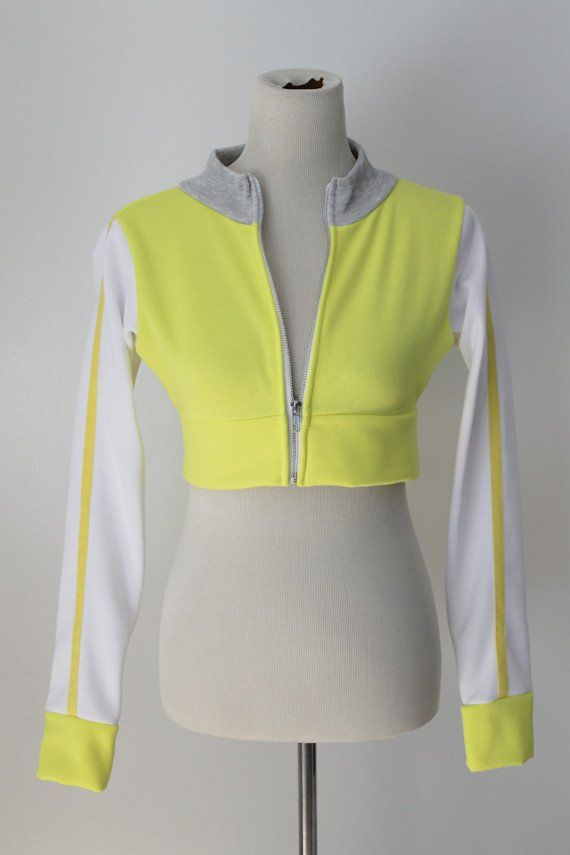 Trainer Cropped Yellow Hoodie