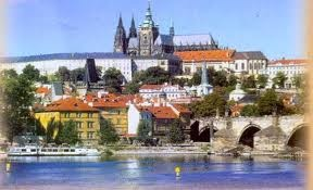 Linkpagina over de Tsjechische Republiek. Een handig overzicht van alle links naar Tsjechie gerelateerde onderwerpen. Tags: Praag, Unesco, wintersport Tsjechie, zomervakantie Tsjechie, Lipno, Reuzengebergte.    http://tsjechie.linksstart.nl