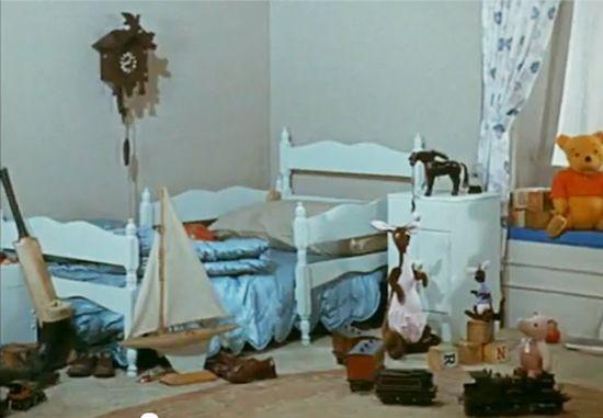 christopher robin's bedroom.