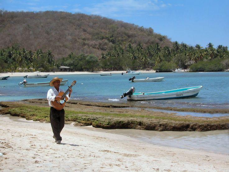 Las 5 mejores playas de Ixtapa-Zihuatanejo - http://revista.pricetravel.com.mx/lugares-turisticos-de-mexico/2016/02/08/playas-ixtapa-zihuatanejo/