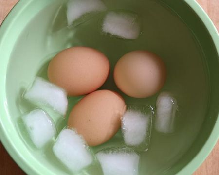 How to Make the Perfect Hard-Boiled Egg: Hardboiled Eggs, Healthy Breakfast, Baking Sodas, Perfect Hardboiled, Eggs Recipes, Daily Meals, Perfect Hard Boiled, Eggs Tricks, Hard Boiled Eggs