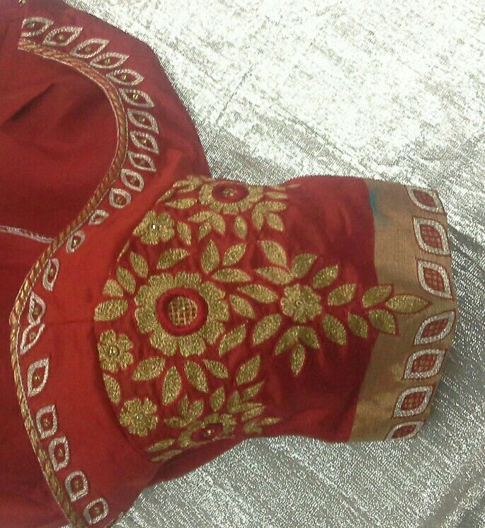 Chandheri blouse hand with zari work 7702919644