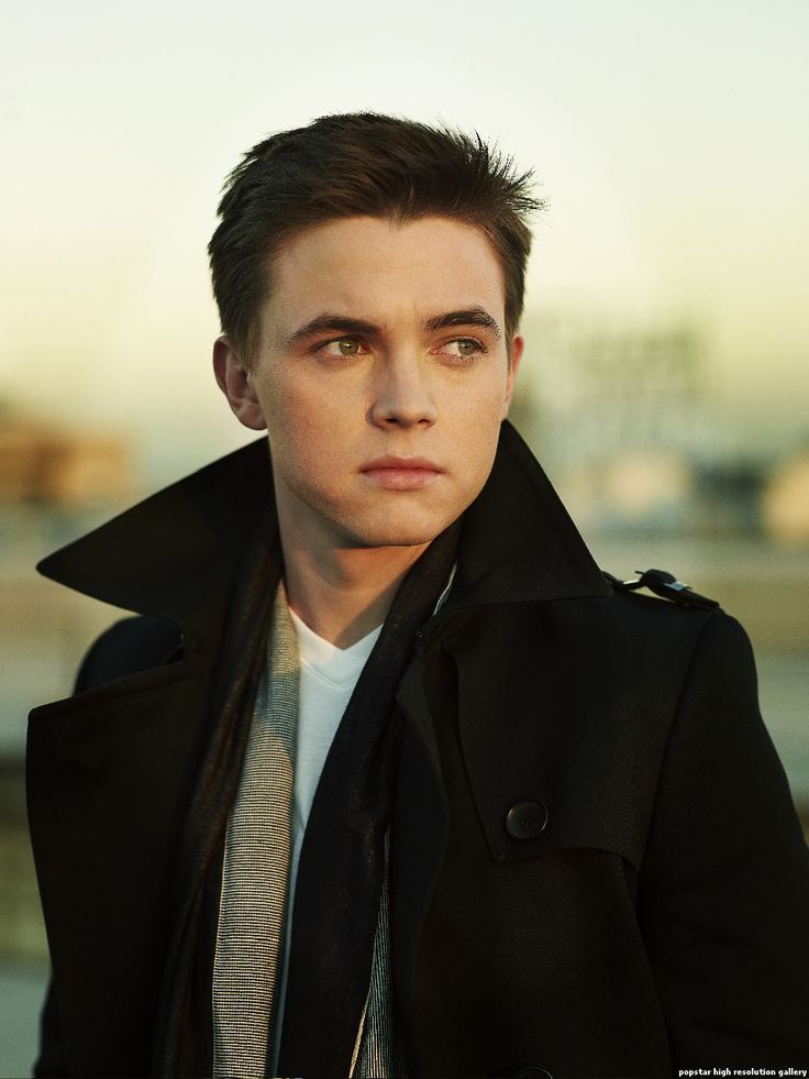 Love Jesse McCartney!!