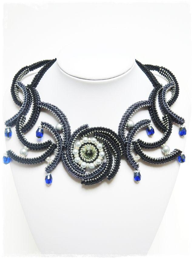 ジオメトリックシードビーズネックレス「送料無料」 首周り32 cm geometric seed beads necklace Neck circumference 32 cm Rebecca