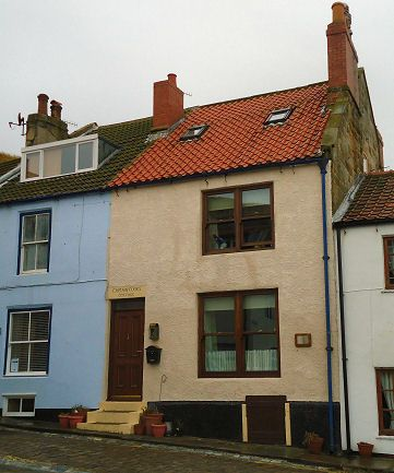 Staithes Cottage in Yorkshire was the home of Captain James Cook while he was an apprentice at Sanderson's grocery and haberdasher's shop