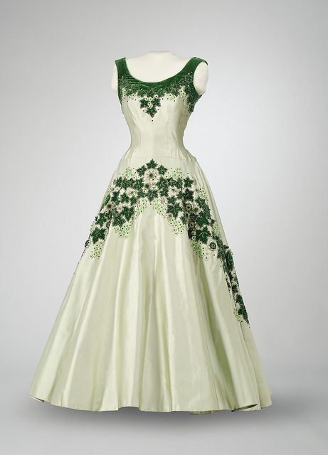 The 'Maple Leaf of Canada' dress designed by Norman Hartness in 1957 for Queen Elizabeth II on her visit to Canada. (Musée des civilisations/Museum of Civilization)