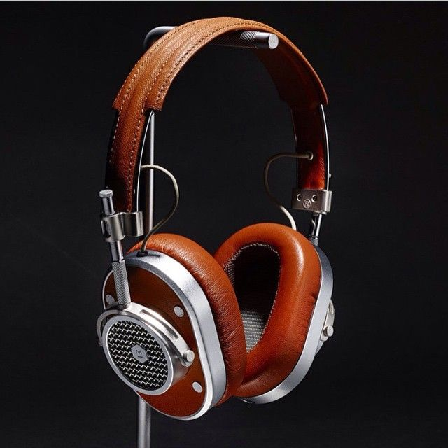 Master & Dynamic #MH40 Over Ear. #Tech